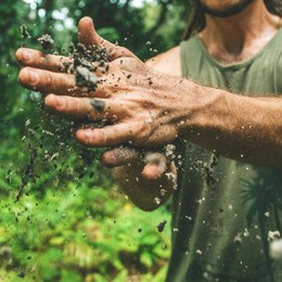 I giovani riscoprono il valore della terra
