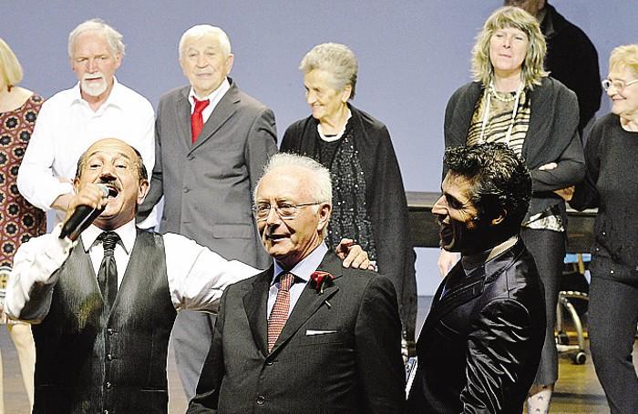 Marco Guido Salvi  (al centro)