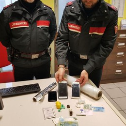 Blitz antidroga a Zingonia, 2 arresti Ritrovate carte d'identità italiane