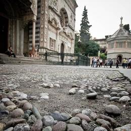 Città Alta, Piazza Duomo si rifarà il look Nel 2018 nuova pavimentazione