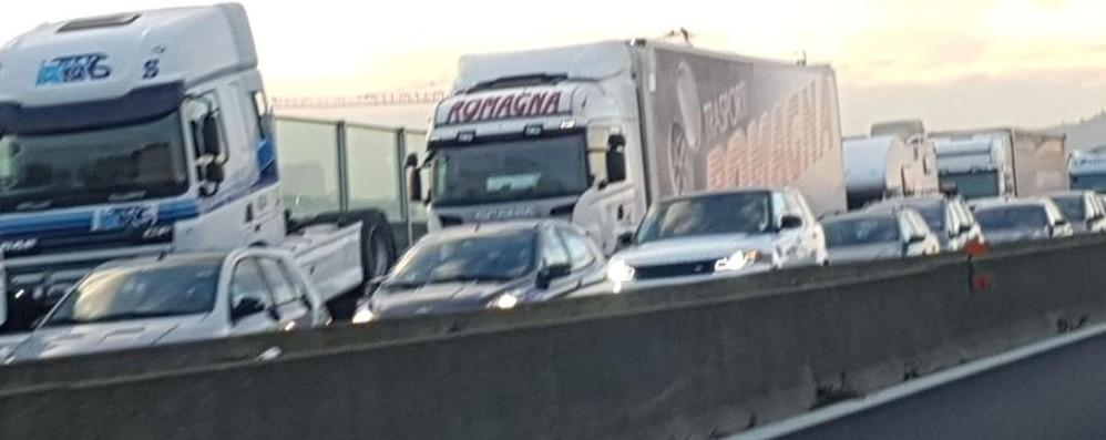 A4, code infinite verso Brescia Giornata difficile per il traffico