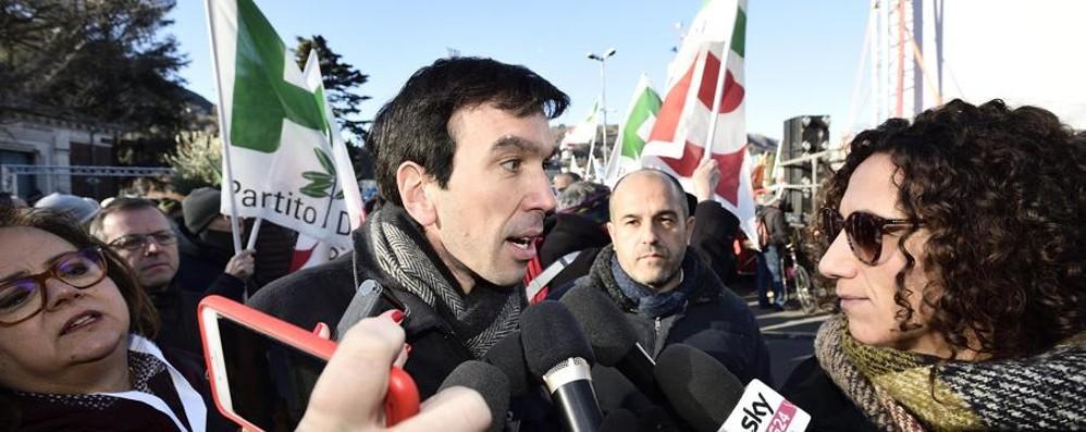 A Como la marcia contro il fascismo In piazza anche Martina e Gori