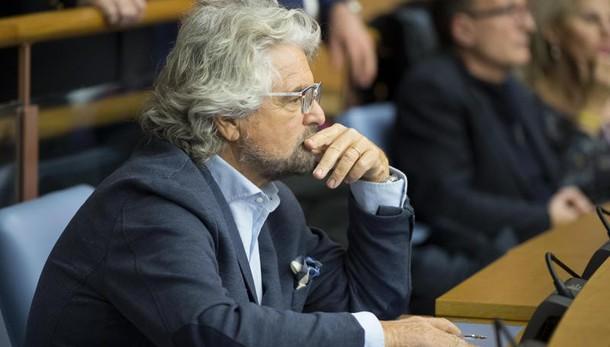 Grillo, M5s voterà Legalicum, poi voto