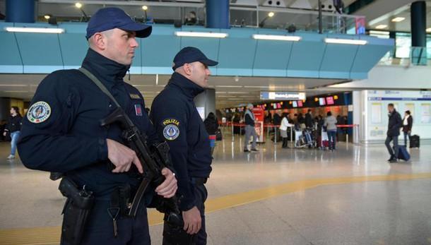 Proiettili in bagaglio, arrestata araba