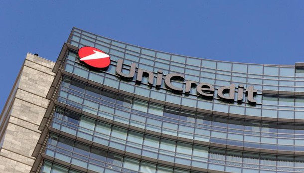 Unicredit: rimbalza in apertura Borsa