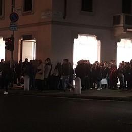 Tutti pazzi per il «Papu» Folla all'Atalanta Store -Video e Foto