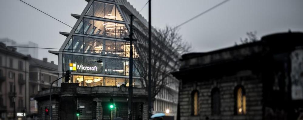 Milano, ecco la nuova casa di Microsoft  Tra innovazione e design -Foto e Video