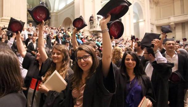 Scuola: 70% diplomati continua studi