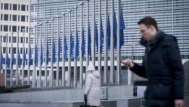 Fonti Ue,Pil migliora ma correzione 0,2%