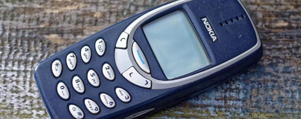 Nokia prepara il ritorno del mitico 3310 Oggetto di culto per i (non più) adolescenti