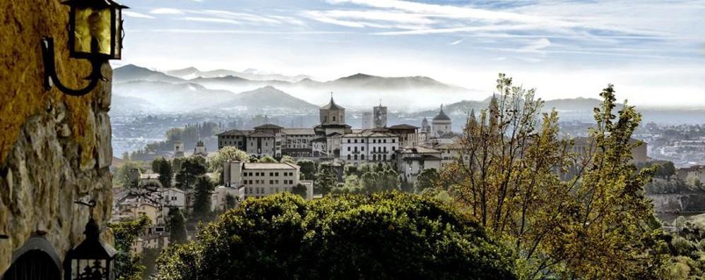 Un anticipo di primavera su Bergamo Sole splendente, ma temperature in calo