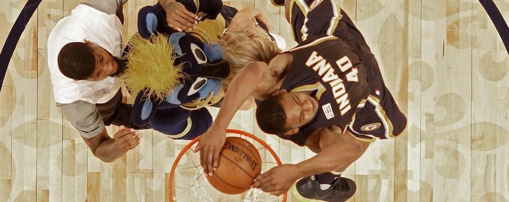 Avete visto la gara delle schiacciate NBA? Ha vinto Robinson, che numeri - Video