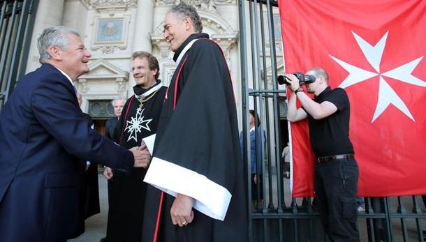 Ordine Malta: fedeli e grati al Papa