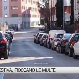 Bergamo - Sosta nei giorni festivi, fioccano le multe