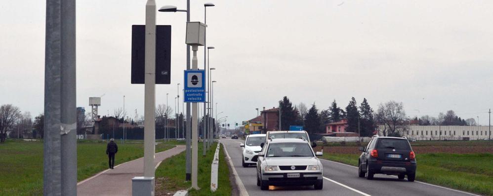 Multe, la Provincia bussa ai Comuni:   «Gli incassi per sistemare le strade»