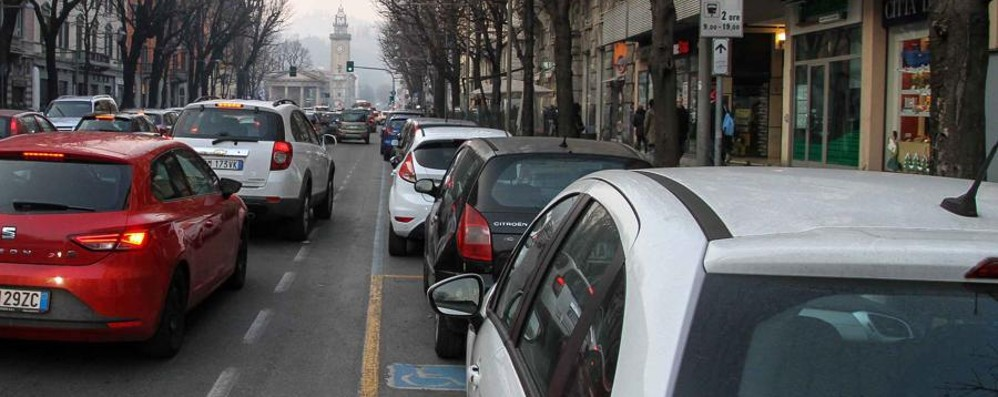 Ecco come evitare code e traffico Strade bagnate, rallentamenti in  città