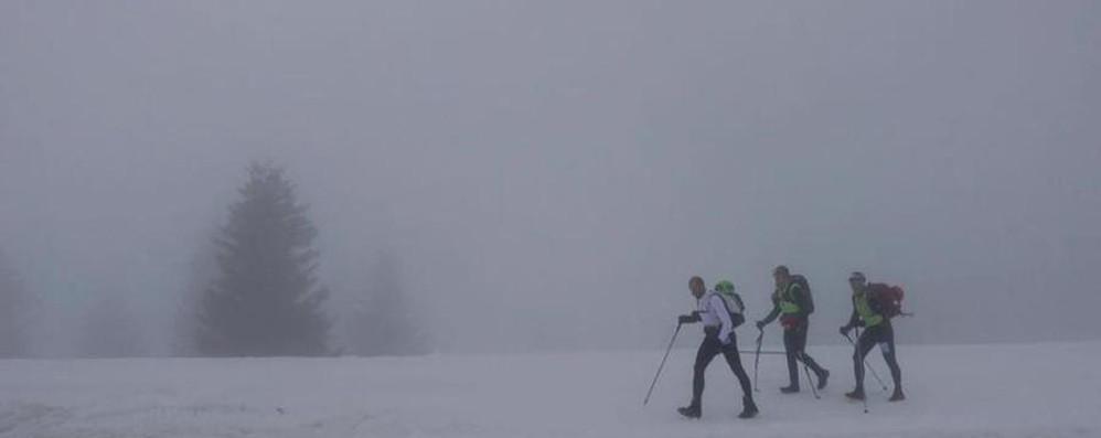 In bici, a piedi e  con gli sci nella neve Grande Corsa Bianca, Bosatelli davanti