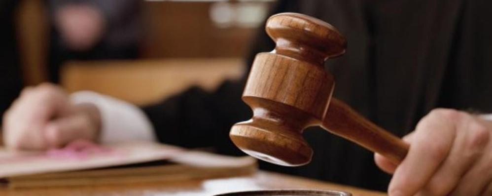 Acquisto di farmaci «tarocchi» Condannato a 2 mesi e 20 giorni