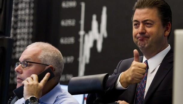 Borsa: Milano chiude in rialzo dell'1,2%