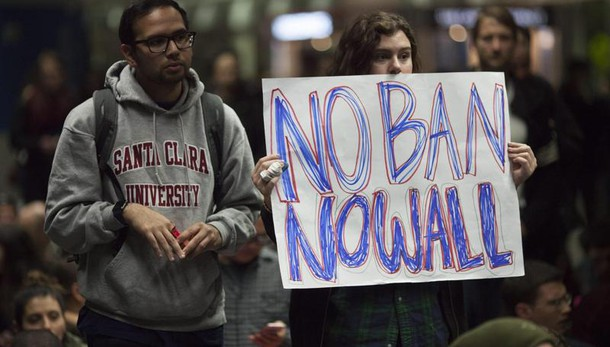Trump: revocati oltre 100 mila visti