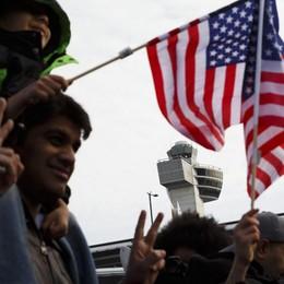 Usa, un giudice sfida Trump «Illegale stop agli immigrati islamici»