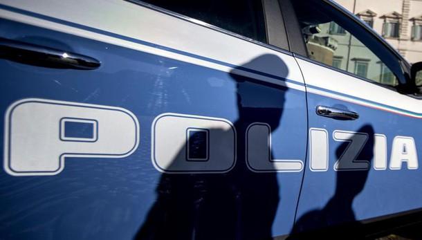 Corruzione,arrestati agente e funzionari