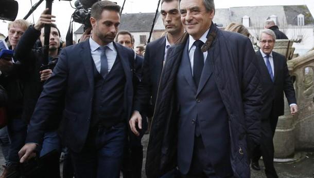 Francia: Fillon, sono io il candidato