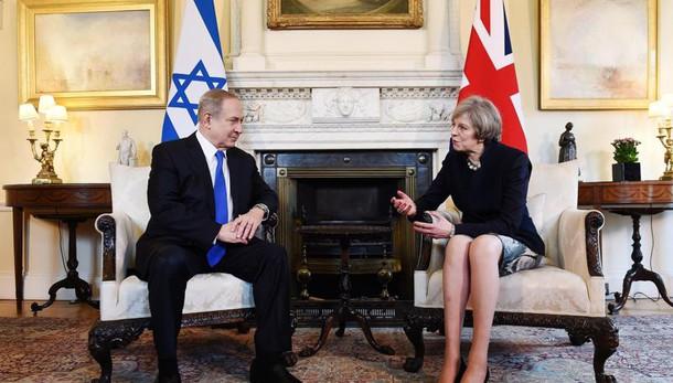 Netanyahu a May, nuove sanzioni all'Iran