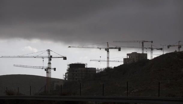 Ok regolarizzazione insediamenti Israele