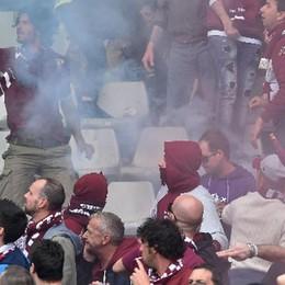 Bomba carta nel derby Juve-Toro Due anni e otto mesi per l'ultrà
