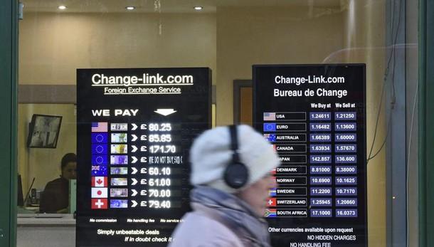 Borsa: Europa positiva, Milano in testa