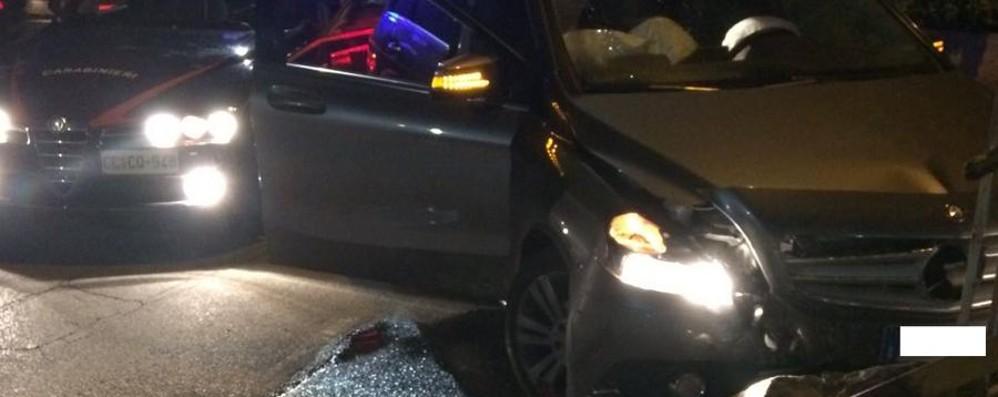 Rubano l'auto a una 40enne di Mapello Inseguiti, si schiantano a Palosco