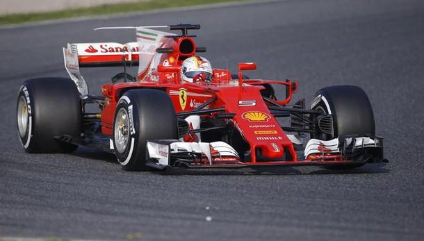 F1: Vettel,affidabili ma presto per dire