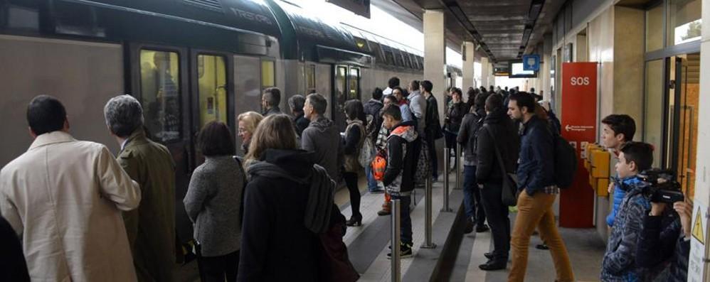 Guasto agli impianti (e ad un treno) Bergamo-Brescia, circolazione ripresa