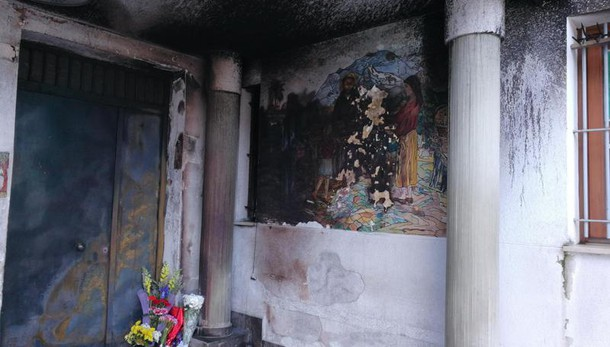Clochard bruciato: l'assassino confessa