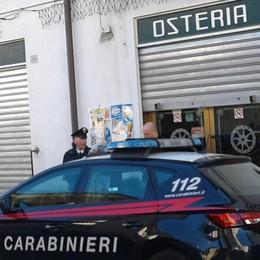 Ristoratore uccide il ladro: indagato Maroni: «Un mondo al contrario»