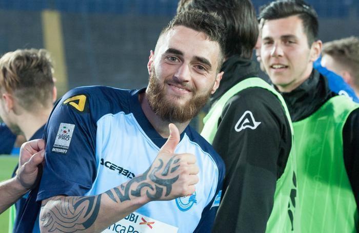 Foto AFB - Paolo Magni Leffe - Teramo Italian Football Championship League Lega Pro per Unicef 2016-2017 Atleti Azzurri d'Italia Stadium