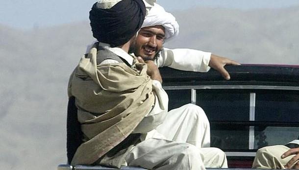 Afghanistan,taleban mozzano arti giovane