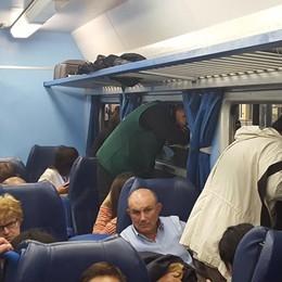Fumo nelle carrozze, pendolari giù Guasto sulla linea Bergamo-Milano