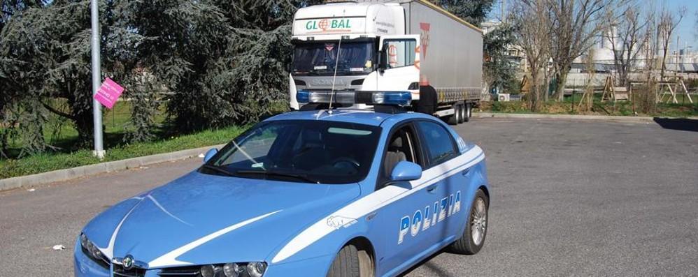 Svuotano Tir mentre gli autisti dormono Rubate 21 biciclette Bianchi a Treviglio