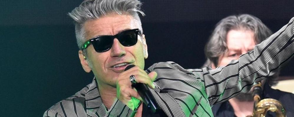 Ligabue sospende il suo tour - Video «Devo operarmi alle corde vocali»