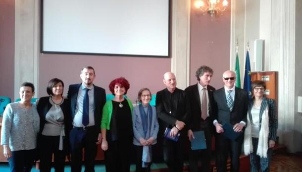 Scuola: premio prof, i vincitori