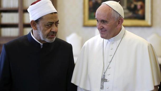 Papa: in Egitto il 28 e 29 aprile