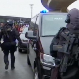 Parigi, sparatoria in aeroporto Ucciso assalitore ad Orly