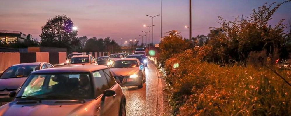 Incidente sull'asse interurbano Traffico in tilt fino a Seriate