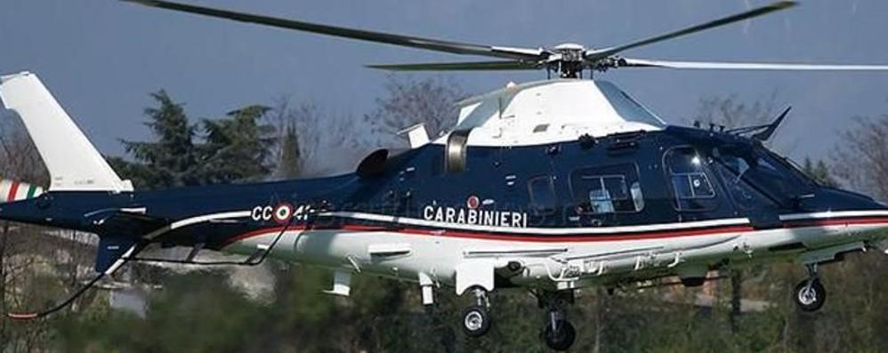 Operazione antidroga a Vigevano In azione gli elicotteristi di Bergamo
