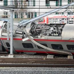 Deraglia un treno italiano in Svizzera