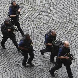 007 italiani in contatto con Londra Trattati di Roma,  controlli intensificati