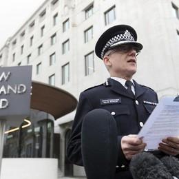 «Ispirato dal terrorismo internazionale» Londra, sette arresti a Birmingham - Foto