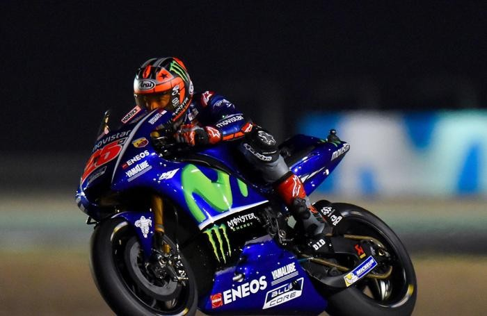 Spanish MotoGP rider Maverick Vinales of Movistar Yamaha MotoGP in action during a free practice session second day for the Motorcycling Grand Prix of Qatar at Al Losail International Circuit in Doha, Qatar, 23 March 2017. The 2017 MotoGP World Championship season's first race will be held in Doha on 26 March. ANSA/Noushad Thekkayil